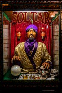 Mechanical fortuneteller Zoltar